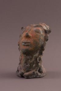 Tête d'expression I, Four papier, raku, 26 x 19 x 18 cm, 2006