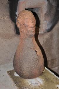 Homme vase de José Strée réalisé en terre Vagner