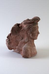 Femme à la chevelure rousse (série des porteurs de sièges), Four à bois, 25 x 17 x 23 cm, 2018