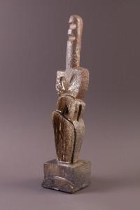 Idole, Terre cuite au four à bois, 59 x 13,3 x 12,1 cm, 2013